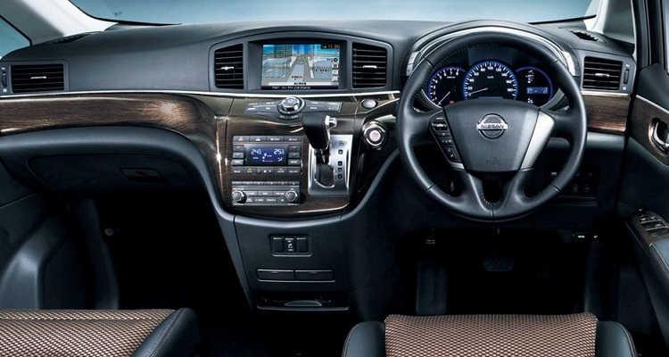 Fitur Nissan New Elgrand